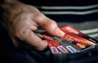 Как защититься от кражи денег с карты путешественнику?